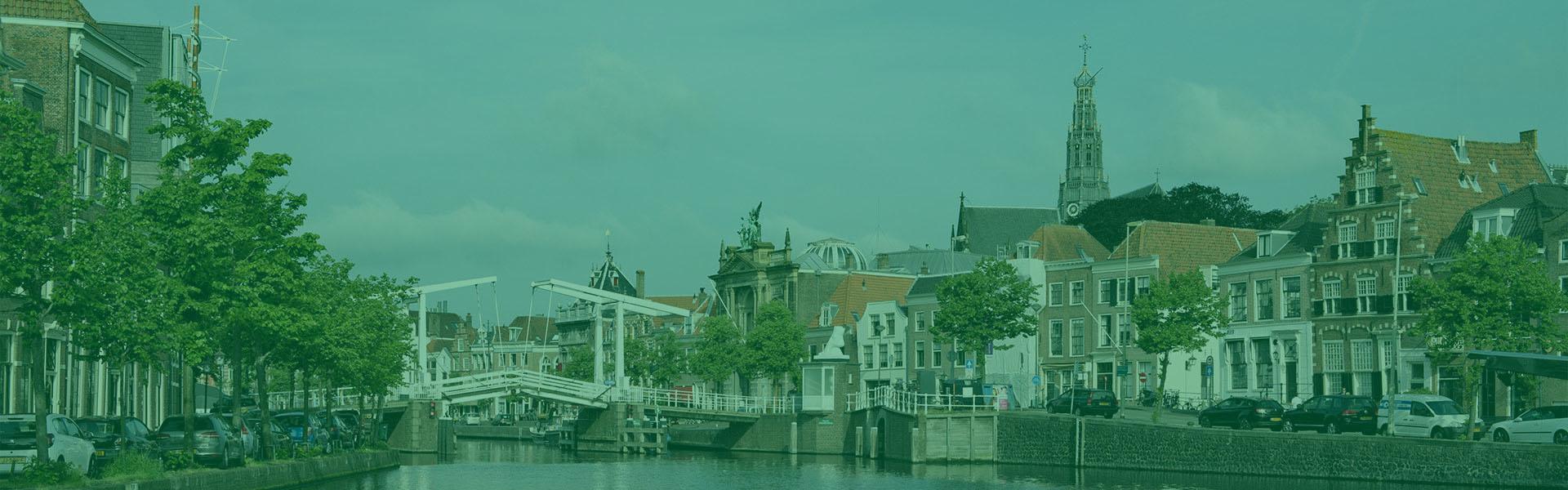 Slider-Overspaern-Makelaardij-Haarlem-en-omgeving-2-groen